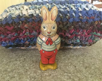Vintage J. Chein &Co. Wind Up Litho Tin Rabbit -it works-awesome