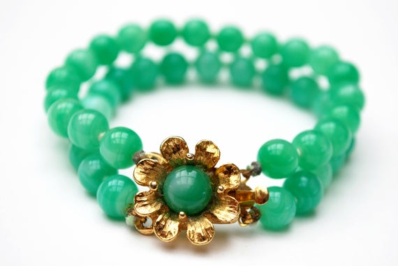 Green Peking glass Flower bracelet - Signed Japan,gold floral, knotted bead bangle -gift for her