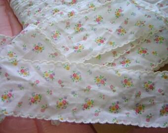 "Dainty Little Pink Rose Flowers Vintage Trim w/Picots 2 yds x 2""W"