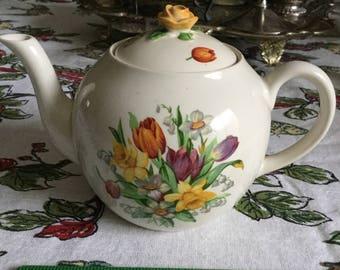 Fondeville England Ambassador Wear-Spring Florals Teapot and Lid-Tulip/Daffodil/Violet