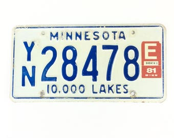 Vintage MN License Plate,Distressed Plate,Blue and White Plate,Minnesota Decor,Man Cave Decor,Rustic Home Decor,Car Guy Gift,Home Bar Decor
