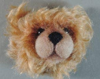 Pin/Brooch Artist Teddy Bear head, Dark and Light Tan, OOAK mohair and needle felted face