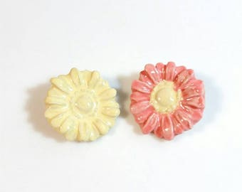 Gerber Daisy Pin, Gerbera Daisy, Daisies, Flower Pin, Party Favor, Boutonniere