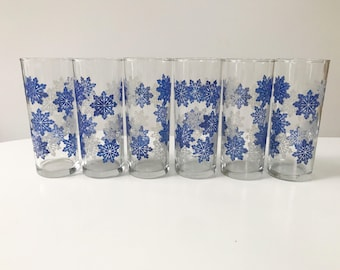 Vintage Set of 6 1950s Blue & White Christmas Snowflake Tumbler Glasses
