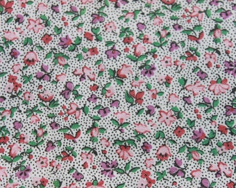 Vintage Tiny Print Purple Pink Cotton Fabric, Small Print Floral Flower Quilting Sewing Peter Pan Fabric, 3/4 yard