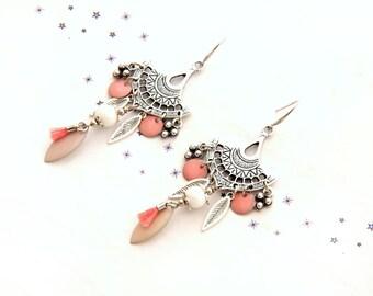 Earrings dangling sequins enamel feather Pearl spun glass powder pink nude