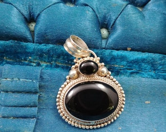 Vintage onyx pendant Sterling Silver