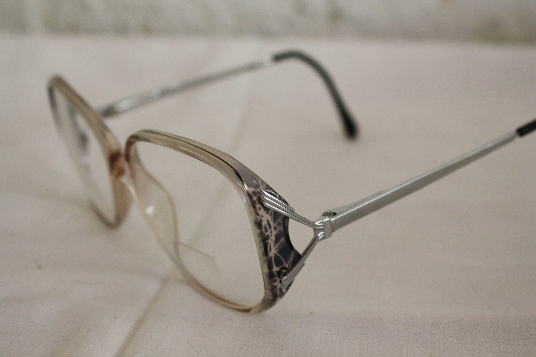 Sunglasses & Eyewear , Accessories