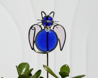 Stained Glass Royal Blue Angel Cat Plant Stake with Personalized Collar, Cat Angel Garden Art, Cat Pet Memorial