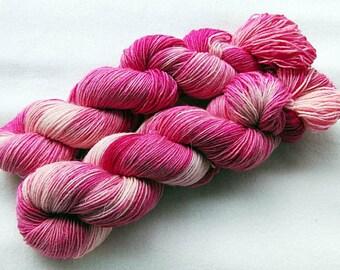 Handdyed SockYarn, 75 Wool, 25 Nylon 100g 3.5 oz. Nr. 124