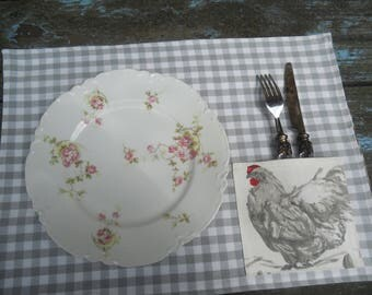 2 place mats double grey gingham fabric Pocket hen chicken