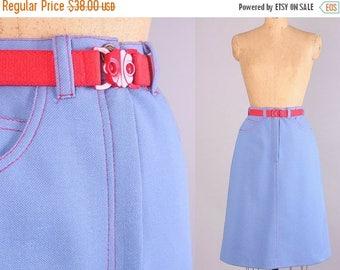 40% SALE 1970's 'Denim' Skirt // Vintage High Waisted Skirt // 28 inch waist (medium)