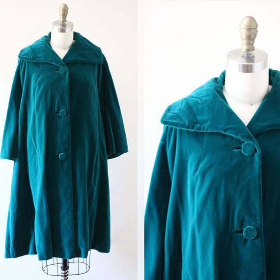 1960s green velvet swing coat // green coat // vintage coat