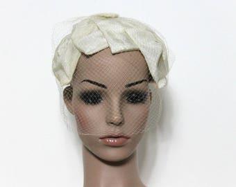 Vintage 1950s Hat// Veil// Netting//  Bowes// Garden Party Hat// Wedding Veil// 50s Hat