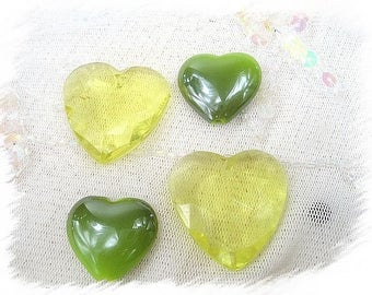 set of 4 heart green synthetic beads