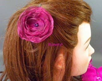 "Fancy hair clip * flower ""Volantine"" Plum reflection fuchsia * matching beads on silver Bobby"