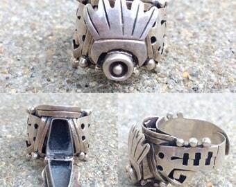 vintage Taxco Mexico sterling silver poison locket keepsake adjustable ring size 7 - 11