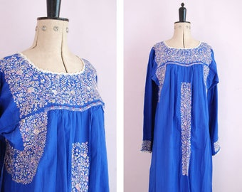 Vintage 1950 60s Oaxacan dress - Mexican embroidered long sleeve dress - Mexican blue dress - bohemian boho hippy hippie dress - folk dress