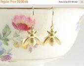 25%OFFSALE Tiny Golden Bee Earrings, Vintage Bee Earrings, Bumble Bee, Honey Bee Jewelry, Nature Inspired, Garden Inspiered