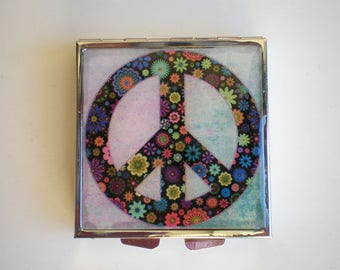 Pill box - Pill container - Mint case - Peace sign pill box - Art pill box - Resin pill box - Hippie box - Peace  box - Peace sign pill box