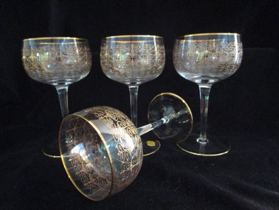 Set of 4 Champagne Coupes, Bohemia Crystal, Czech, Modern Gold Detailing