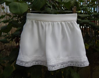 White crepe skirt and lace 3 years