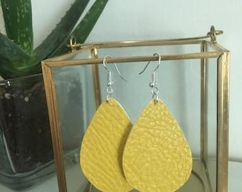 Earrings, leather earrings teardrop, faux leather earrings, leather jewelry, leather earrings