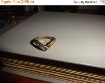 50% OFF AVON Size 5 Vintage ring metal unique design