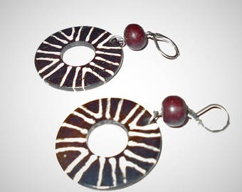Earrings black shell, wood and silver 1970s Hippie jewelry