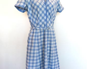 1940s / cotton day dress / blue and white plaid / metal side zipper