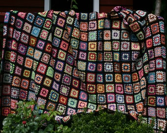 Ajaccio   : Gorgeous large french vintage afghan blanket ,little crocheted granny squares, bright colors, black edges