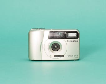 Fuji Smart Shot Plus 35mm Point and Shoot Film Camera