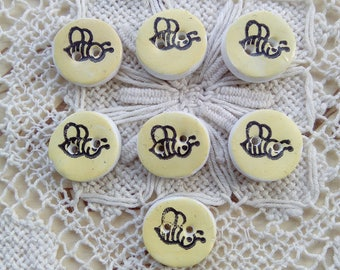 Set of 7 bee buttons, small buttons, spring buttons, handmade buttons, unique buttons, scrapbooking, card making, sewing, knitting, yellow