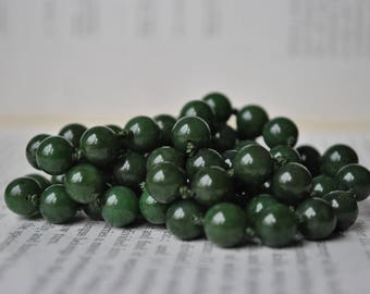 Vintage Jade Necklace, Nephrite Beads - 1950s Handknotted, Round Jade Bead Necklace
