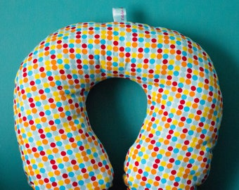 Multicolored dots, Kids/Teens size travel pillow