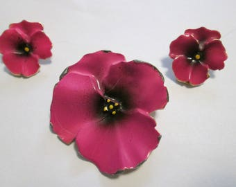 Medium Pink Pansy Jewelry Set. Pansy Brooch And Earring Set.