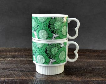 Stacking Coffee Mugs - Sunflower Nesting Cups - Retro Green Flowers - Set of Two
