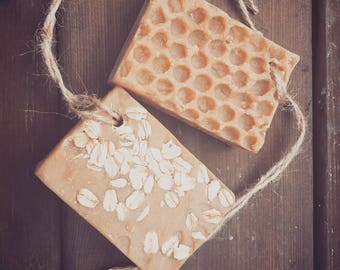 Goats Milk Soap - Honey & Oatmeal Soap - Natural Soap - Palm Free Soap - Exfolitating