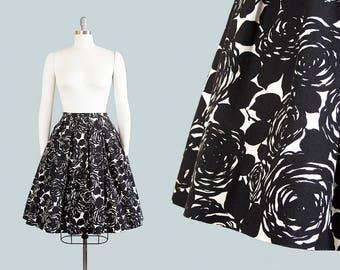 Vintage 1950s Skirt | 50s Rose Floral Printed Cotton Black White Full Swing Skirt (small)