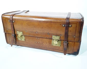 R1461 trunk leather at check out