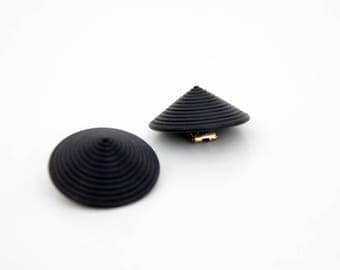 Vintage Earrings // Round Black Swirly Cone  Clip On Earrings