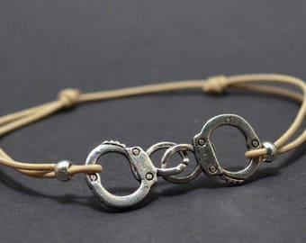 Bracelet beige handcuff