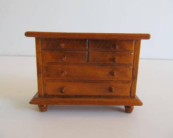 Doll Furniture, Dollhouse Furniture, Doll Dresser, Dollhouse Chest of Drawers, Dollhouse Dresser, Vintage Dollhouse Furniture, Vintage Dolls