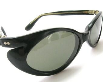 Mid-Century Italian Cat Eye Sunglasses - Black Bakelite Frames - Vintage 1950s Sunglasses