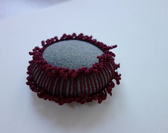 crochet / lace stone, pebble, home deco, paper weight, handmade gift, tabletop decor