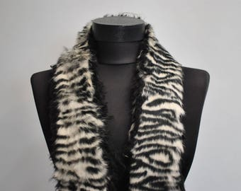 Vintage FUR COLLAR , women's winter fur collar..........(056)