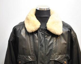 Vintage MEN'S AVIATOR JACKET , leather jacket ..............(658)