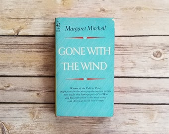 Gone With The Wind Margaret Mitchell Pulitzer Prize Winner American Novel Large Paperback Must Read Book Powder Blue Book High School Read