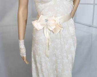 Bridal sash belt, wedding dress belt, ribbon sash, cream sash belt, bow sash belt,