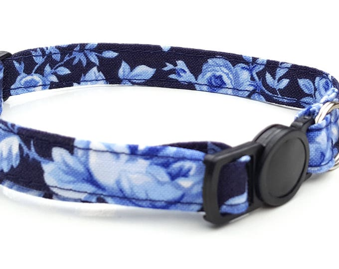Navy blue rose with quick release safety clasp